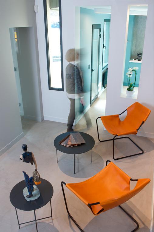 Rénovation et aménagement salle d'attente, mobilier design