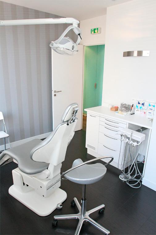 Aménagement cabinet d'orthodontie contemporain region parisienne