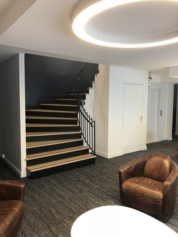 Rénovation escalier étude notariale par architecte d'intérieur